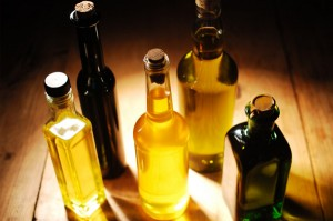cooking oils 300x199 5 Worst Cooking Oils for Your Thyroid